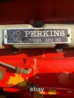 MF 12MASSEY FERGUSON INDUSTRIAL TRACTOR MF40 135 Perkins AD3 152