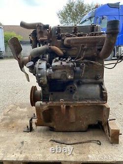 Massey Ferguson 135 Perkins 3 Cylindres Du Moteur 152 A Besoin De Nouveaux Crank