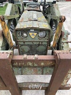 Massey Ferguson 2wd Tracteur 86hp Avec Chargeur Avant Et Moteur Perkins. Mod Spec